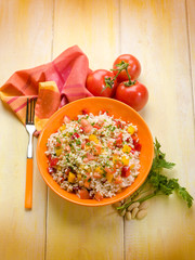 rice salad with tomatoes capsicum and almond