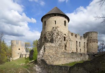 Вид на Венденский замок в Цесисе. Латвия