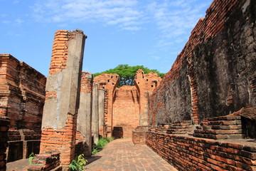 the pathway at prasat nakhon luang, Nakhon luang, Ayutthaya