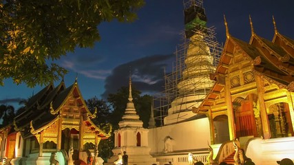 Time lapse twilight  Pra Singha Temple zoom out