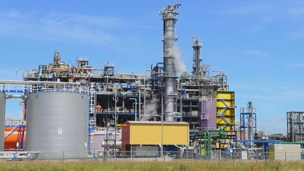 oil refinery in the port of rotterdam netherlands
