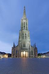 Ulmer Münster beleuchtet