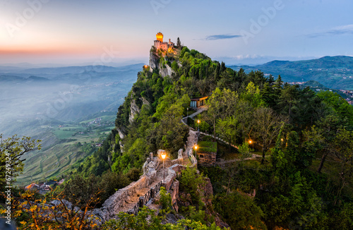 Leinwanddruck Bild San Marino Castle at Sunrise
