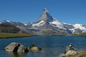 Lake Stellisee And Matterhorn