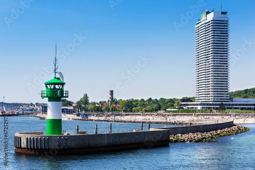 Fotobehang Vuurtoren / Mill Hafeneinfahrt