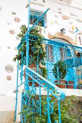 Treppengeländer aus Metall im griechischen Stil