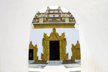 The entrance to the temple
