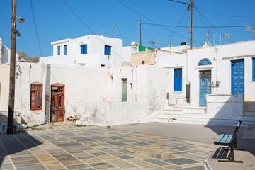 Marktplatz auf der Insel Serifos auf den Kykladen in Greece.