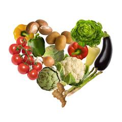 Gemüse Herz isoliert auf weißem Hintergrund