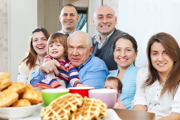 Portrait of  large  family