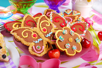 butterfly and flower shaped gingerbread  cookies