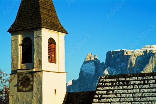 canvas print picture Alte Kirche mit Schlern in Südtirol