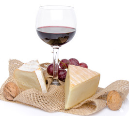 Composition of cheeses and wine