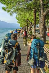 Wandergruppe an der See-Promenade