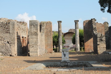 building in the old pompei
