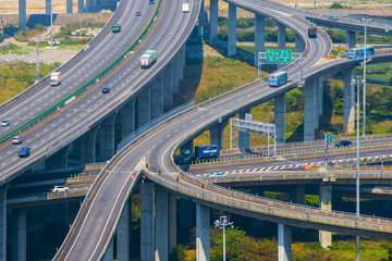 Architecture of highway construction