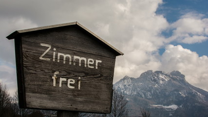 Rooms for rent sign in Tirol region of Austria time lapse