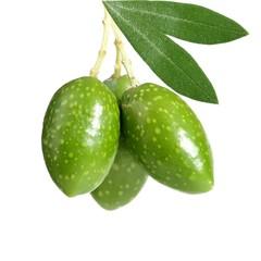Tre olive verdi appese