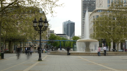 Frankfurt fountain the town square Operplatz