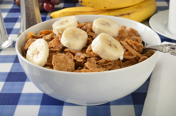 Whole wheat and bran cereal