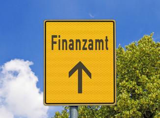 Finanzamt, Hinweisschild