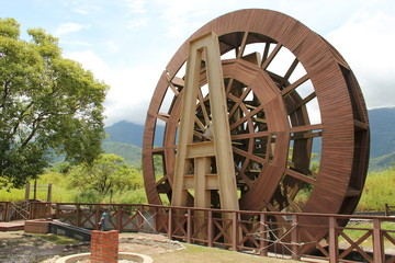 big wooden wheel