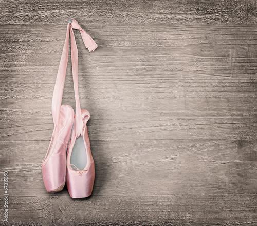 fototapeta na ścianę nowe różowe baletki
