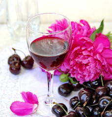 Wine, fruit and flowers