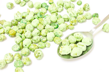 Fried pea seeds, wasabi flavor