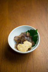 生きくらげの辛子酢味噌