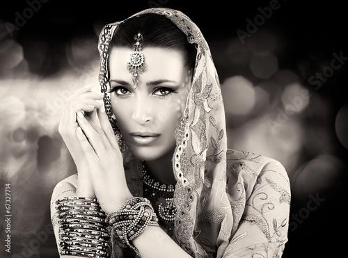 Ethnic Woman - 67327714