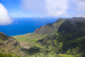 Amazing view of Hawaiian island