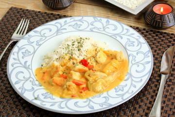 Hühnerfleisch mit Reis