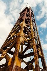 Старый, ржавый маяк