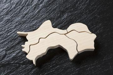 四国地方の木製地図
