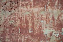 Rouge rugueux mur de ciment vieux fond texturé avec des taches, sec
