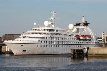 Passagierschiff04