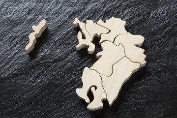 九州地方の木製地図