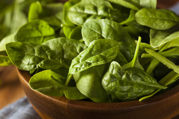 Raw Green Organic Baby Spinach