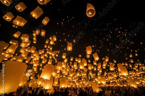 Fotobehang Carnaval Loi Krathong and Yi Peng Festival, Chiang mai, Thailand