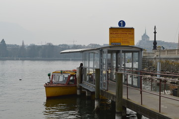 ferry dock in geneve lake