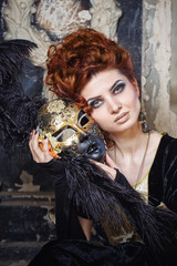 Red-haired lady in mask