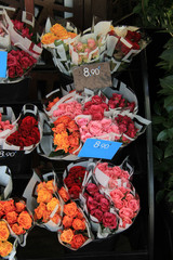 Rose bouquets at the market