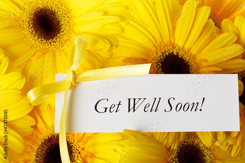 In de dag Gerbera Get Well Soon card with yellow gerberas