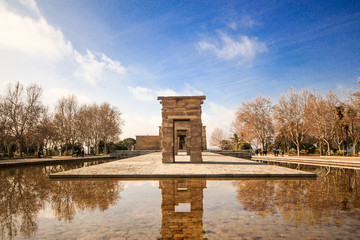 Temple de Debod view from centre