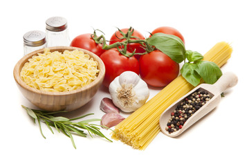 Traditional spaghetti ingredients