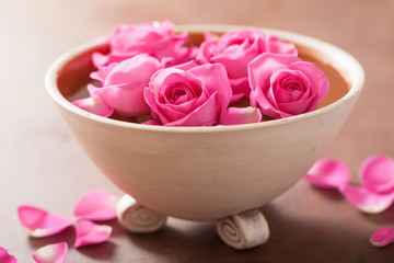 beautiful pink rose flowers in vase