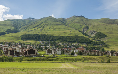 Zuoz, Dorf, Inn, Fluss, Engadin, Graubünden, Schweiz