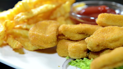 Chicken Nuggets with Fries (loopable)