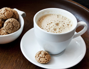 Cappuccino with Amaretti Biscuits